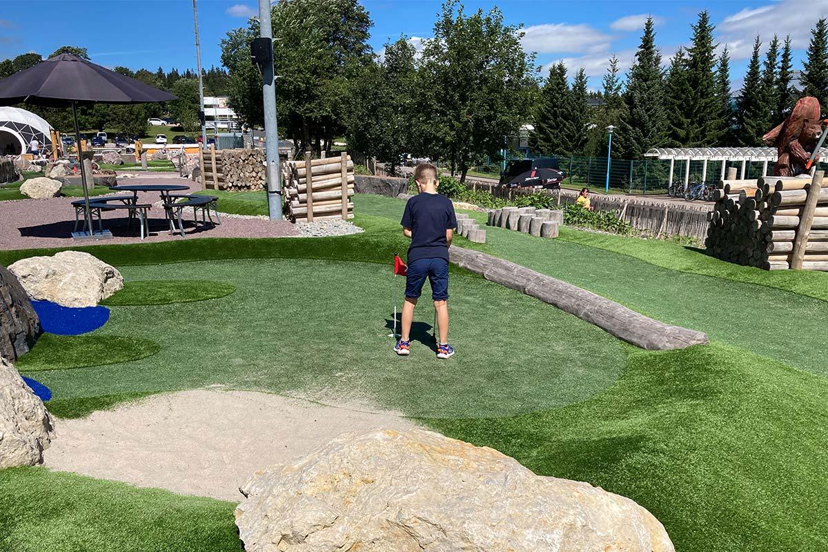 Adventuregolf - Golfkletterpark Minigolf Oberhof | Oberhof Hotel Urlaub im Thüringenschanze