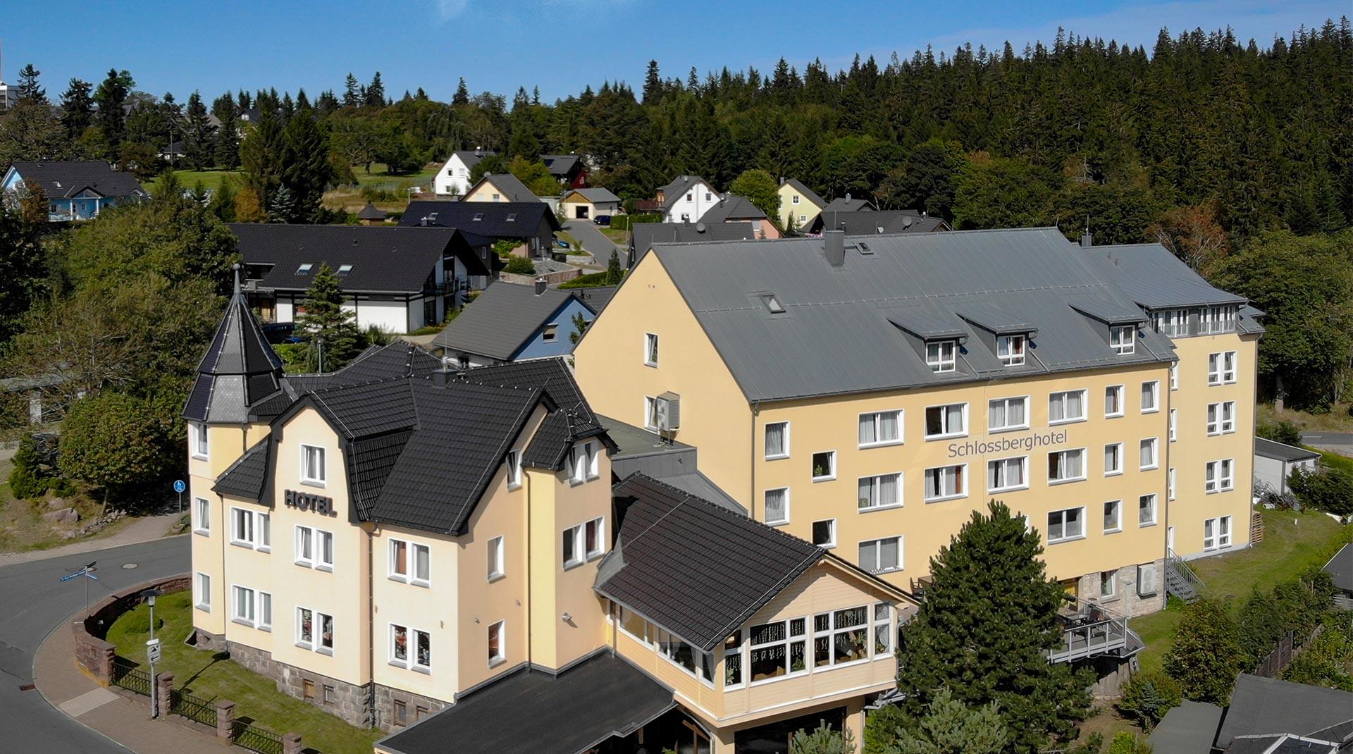 Schlossberghotel Oberhof Luftaufnahme | Oberhof Hotel Urlaub im Thüringenschanze