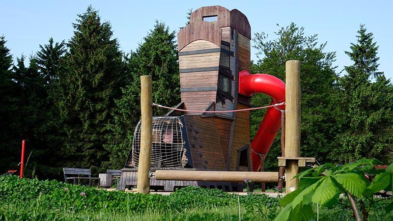 Spielplatz am Grenzadler, Familienurlaub Thüringer Wald | Hotel Oberhof buchen