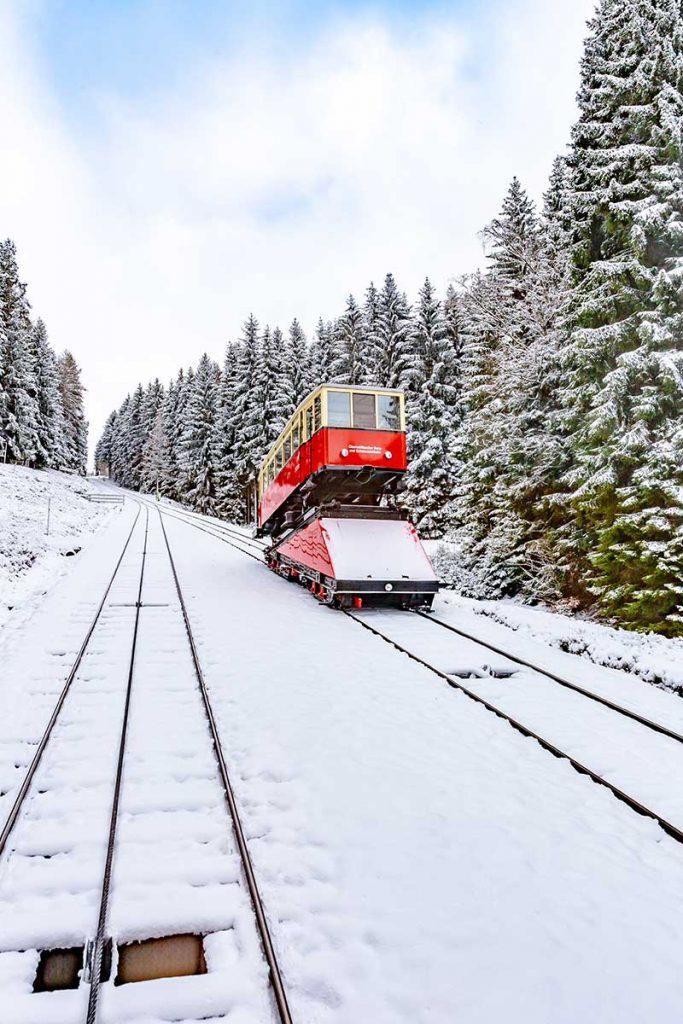 Thueringer Bergbahn Oberweißbach | Ausflusgstipp Oberhof Hotel Thüringenschanze
