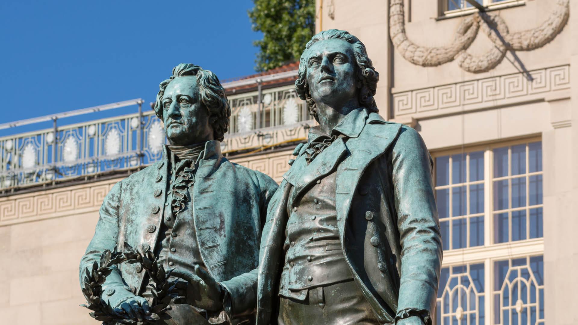 Weimar | Denkmal Schiller & Goethe | Urlaub in Thüringen | Oberhof Hotel Urlaub im Thüringenschanze